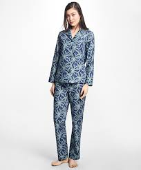 sleepwear for on sale brothers