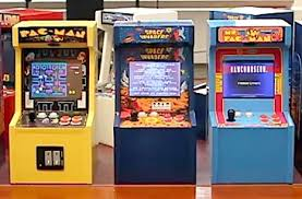 Table Top Arcade Games 1 6 Scale Table Top Arcade Style Video Games Produced By