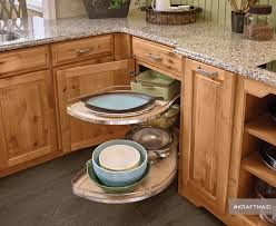 kitchen ideas with cabinets 16 best the empty nester kitchen images on kraftmaid