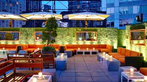 Roof Top Bars In Nyc 4 Rooftop Bars In Nyc Perfect To Kick Off Spring Fourhundred Media