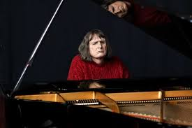 Blind Piano Player Imagined Touch Deafblind Performance Pushes Audience To