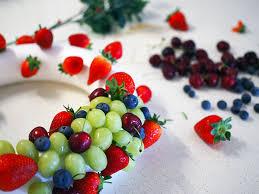 fruit edible edible fruit wreath tutorial keep calm get organised
