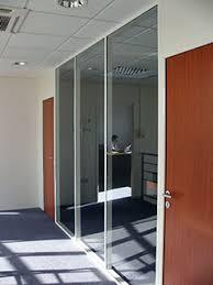 cloison aluminium bureau cloisonflex cloisons amovibles tout aluminium pour l aménagement d