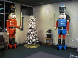best 25 nutcracker decor ideas on nutcracker