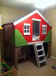 Build Loft Bed With Slide by Best 25 Tree House Beds Ideas On Pinterest Tree House Bedrooms