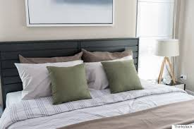 the proper way to make a bed nate berkus shares his secret to making a truly beautiful bed