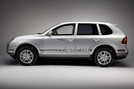 Porsche Cayenne Hybrid - porsche enters the hybrid game with the porsche cayenne s hybrid