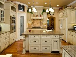 Colors For Kitchen Cabinets by 28 Best White Color For Kitchen Cabinets What Are The Best
