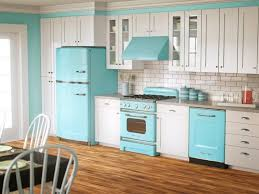 Kitchen Cabinet Outlet Stores by Gripping Image Of Curious Thermofoil Kitchen Cabinets Tags