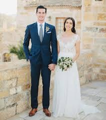 costume bleu mariage costume mariage bleu la boutonnière peut s accorder avec le