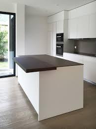 cucina kitchen faucets cucina design varenna poliform laccata bianca con piano in