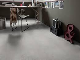 sol vinyle chambre les sols en vinyle effet béton ont la côte décoration
