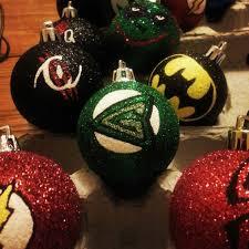 green arrow christmas ornament