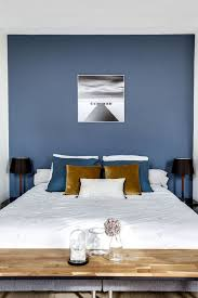 chambre mur bleu 101 best murs colorés images on wall paint colors