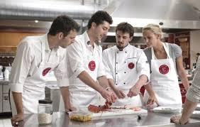 cours de cuisine en groupe cours de cuisine groupe à l atelier des chefs pernelle à 75004