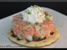 cuisiner le saumon frais tartare de saumon frais et pomme verte recette ptitchef