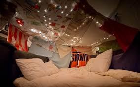 dans sa chambre site web inspiration comment faire une cabane dans sa chambre