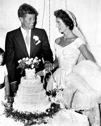 1116 Best Vintage Wedding Dresses Images On Pinterest Vintage 16 Vintage Celebrity Wedding Cakes You U0027ve Probably Never Seen