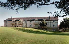 one bedroom apartments wichita ks apartments in wichita ks farmington place farmington place