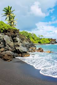 Black Sand Beaches Maui by Fun Things To Do In Maui