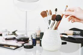 Organizing Makeup Vanity 16 Of The Best Makeup Organizers To Keep You And Your Vanity