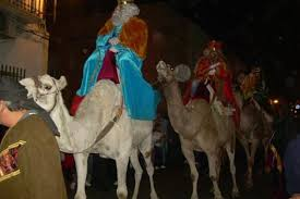 imagenes de los reyes magos y sus animales curiosidades sobre los camellos medio de transporte de los reyes magos
