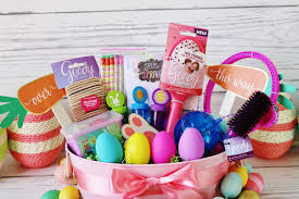 cool easter baskets my simple modest chic festive easter basket tutorial