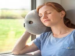 sieste au bureau oreiller autruche pour micro sieste au bureau ostrich pillow