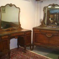 Vanity Mirror Dresser Furniture Wooden Vanity Dresser With Several Drawer And Round