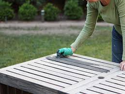 painting the outdoor furniture how i got that barnwood color