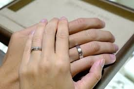 ring marriage finger why are wedding rings worn on the left quora