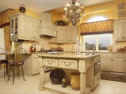 Tuscan Kitchen Islands by Tuscan Kitchen Island With Great Creamy Painting Idea For Lovely