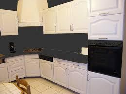 comment repeindre un plan de travail de cuisine rénover une cuisine comment repeindre une cuisine en chêne la