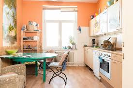 küche hannover große küche mit grünem tisch in einer wg in hannover linden