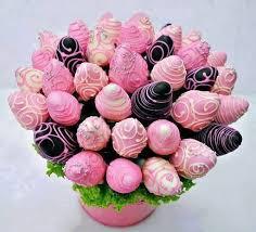 White Pink Chocolate Covered Strawberries 48 Best Chocolate Covered Strawberries Images On Pinterest