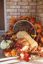 Fall Harvest Outdoor Decorating Ideas - best 25 thanksgiving decorations outdoor ideas on pinterest