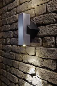 solar retaining wall lights colonial outdoor wall lighting ideas mistyeveretteagency com
