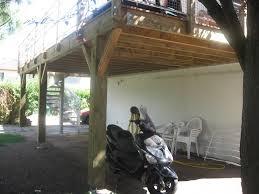 terrasse suspendue en bois terrasse sur pilotis