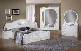 model chambre a coucher model chambre a coucher chambre a coucher moderne avec dressing
