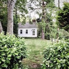 Colonial Saltbox This Traditional New England Colonial Saltbox Is A Hidden Gem And