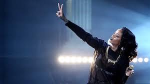 Seeking Theme Song Artist Cbs Permanently Drops Rihanna Tune From Thursday Football