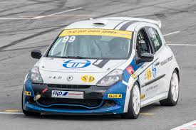 renault rally 2016 david lau broke the overall record in renault clio cup china