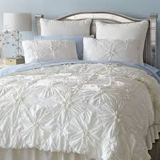 What Goes Under A Duvet Cover Best 25 Ivory Bedding Ideas On Pinterest Ivory Bedroom Ivory