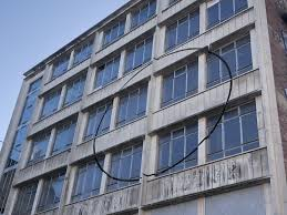 Building Memes - put me like there is a perfect circle cut into this building