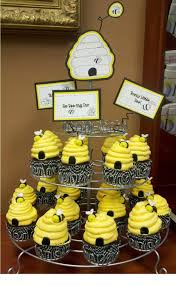 bumble bee cupcakes bumble bee cupcakes cakecentral