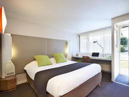 chambre d h e chamb駻y hotel canile chambéry booking com