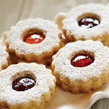 jam and hazelnut cookies