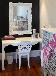 Bedroom Desk Chair by Black Walls Ornate White Mirror Funky Laquered Desk With Fun