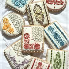 slovak folk embroidery pattern on cookies embroidery vysivka
