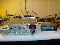 frequency counter connected to a cobra 148